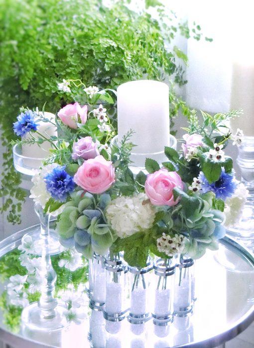 バラとアジサイの花飾り